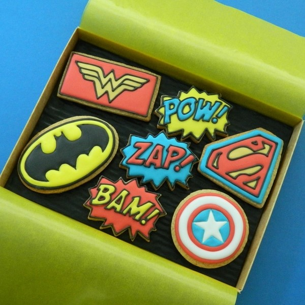 Superheroes Box - Medium